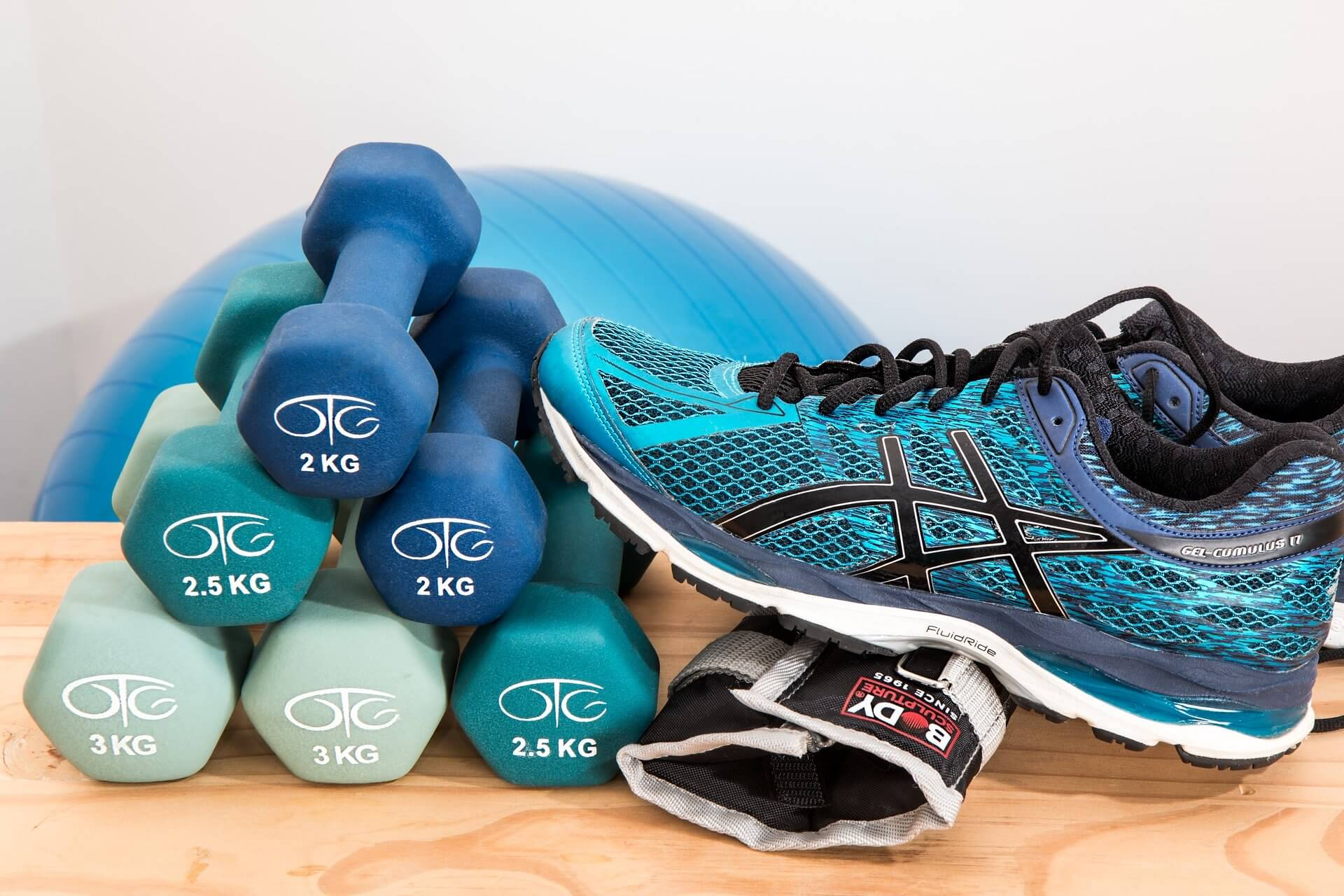 The best online personal training programs have real personal trainers